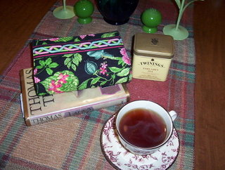 tea-and-books-1.jpg