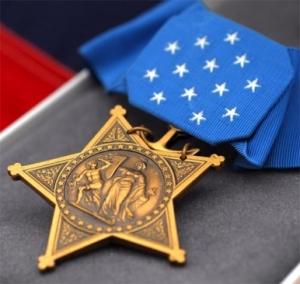 2008-04-medal-of-honor-presented-to-navy-seal-monsoor